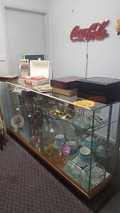 For Sale Second Hand, Antiques and Collectables Shop. Marks Point Lake Macquarie Area Preview