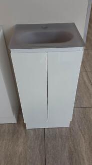 vanity cabinet with glass top St Agnes Tea Tree Gully Area Preview