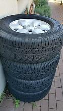 Toyota Hilux SR5 wheels and tyres Fadden Tuggeranong Preview
