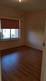 2 bedroom unit for rent $260 pw