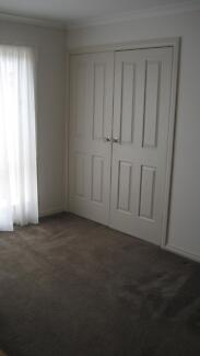 Room available Hillside 3037 Melton Area Preview