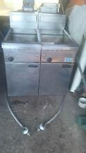 2 X LUUS DEEP FRYERS FG40 LPG Jacobs Well Gold Coast North Preview