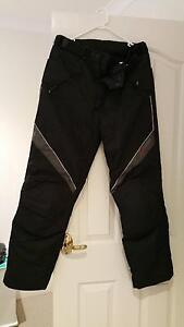 DRIRIDER MOTORBIKE WATERPROOF PANTS SIZE LARGE Perth Perth City Area Preview