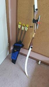 Bow - Samick Polaris - 22lb Bow and Arrows Wattle Grove Liverpool Area Preview
