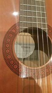 GUITAR CLASSICAL Yamaha C40 & Accessories New Lambton Newcastle Area Preview