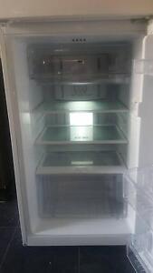 220lt fridge / freezer. Kyneton Macedon Ranges Preview