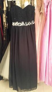 Grab a bargain ..... Over 700 Formal Dresses on Sale