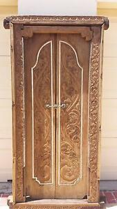 ANTIQUE CARVED BALINESE DOORS, STUNNING! Greenslopes Brisbane South West Preview