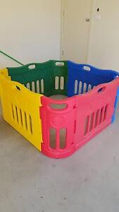 Childrens playpen Cranbourne East Casey Area Preview