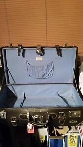 Longmarch suitcase Eagle Vale Campbelltown Area Preview