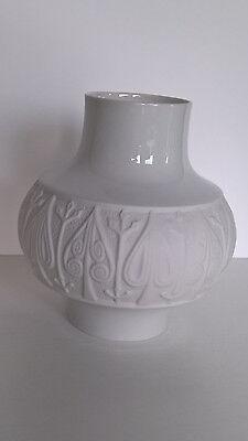 Vase Edelstein Bavaria Relief Porzellan Vase Bisquitporzellan weiß  60er vintage