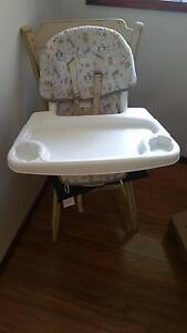 High Chair mi Svivel Chair Ruse Campbelltown Area Preview