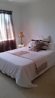 Peaceful queen room on acreage Gaven Gold Coast City Preview