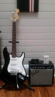 Fender Squier strat+Amp+Stand Gunnedah Gunnedah Area Preview