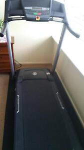 Treadmill w/ mat Surfers Paradise Gold Coast City Preview