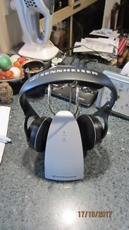 Sennheiser Wireless Headphones HDR 120 II with Charging Dock