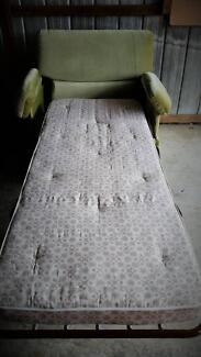 ARM CHAIR BED MATTRESS REST HOME DECOR SPRINGS FURNITURE SLEEP