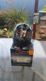 R jays flip face helmet Pakenham Cardinia Area Preview