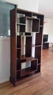 Reclaimed hardwood display unit. Broome 6725 Broome City Preview