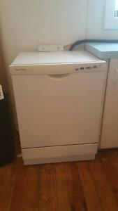 Dishwasher with rental property connection Seacombe Gardens Marion Area Preview