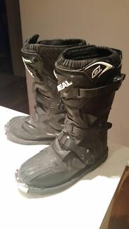 Kids motorbike boots. Size 5. Excellent condition