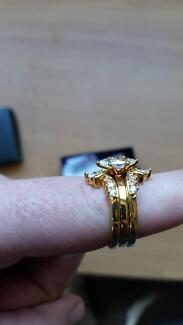 AVON Goldtone Marquise Ring Parmelia Kwinana Area Preview