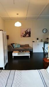 FULLY FURNISHED COTTAGE IN WOOLOOWIN- Inner North (all bills inc) Wooloowin Brisbane North East Preview
