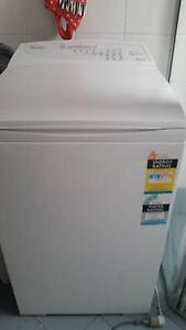 Fisher & Paykel MW513 5,5 kg Top load Greenacre Bankstown Area Preview