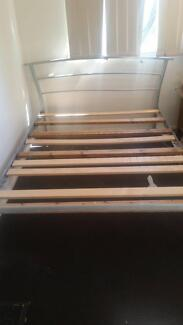 Queen sisec bed frame