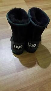 Kids sheepskin ugg boots Ruse Campbelltown Area Preview