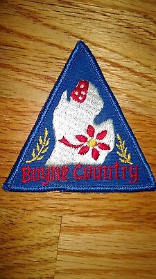 "Vintage""BOYNE COUNTRY"" Heraldic,Coat of Arms Etc.Patch"