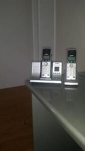 Uniden twin phone set. Canning Vale Canning Area Preview