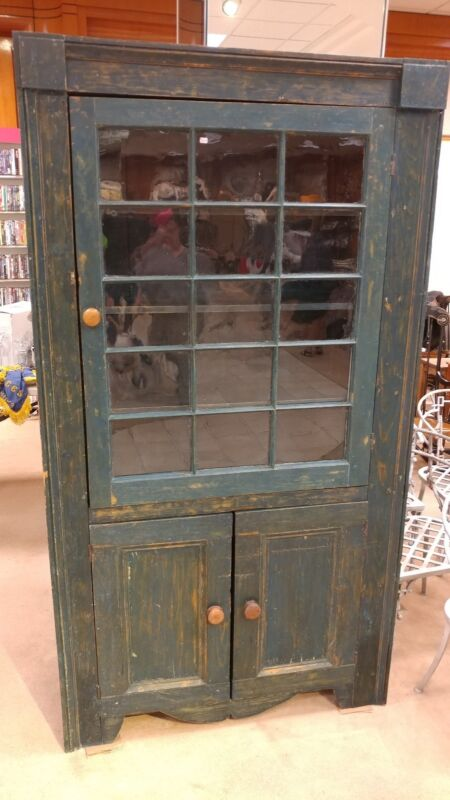 ANTIQUE PAINTED COUNTRY CABINET CUPBOARD