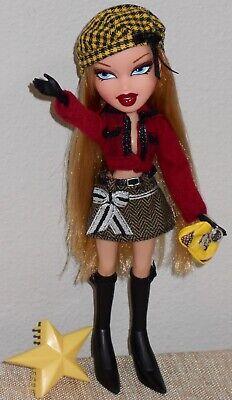 Bratz Cloe Ooh La La Doll_Paris French Vacation_Long Blonde_Blue Eyes_MGA
