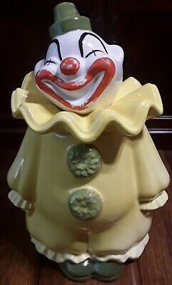 Vintage Metlox Pottery Circus Clown Cookie Jar - PoppyTrail, Calif. Circa 1950's