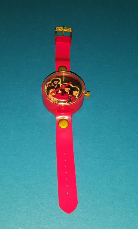 THE BEATLES RARE VTG 60S - 70S IMPORTED RED JAPANESE WATCH STILL WINDS & TICKS