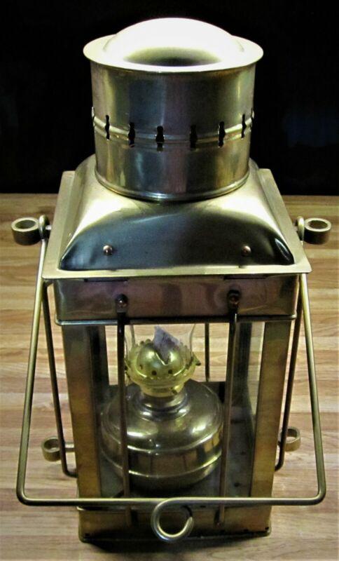Vintage Neptune NR Nautical Maritime Ship Brass Oil/Kerosene Lantern/NICE