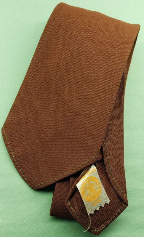 VINTAGE BOY SCOUTS OF AMERICA OFFICIAL NECKTIE BROWN RAYON SINGLE STITCH( MINT)