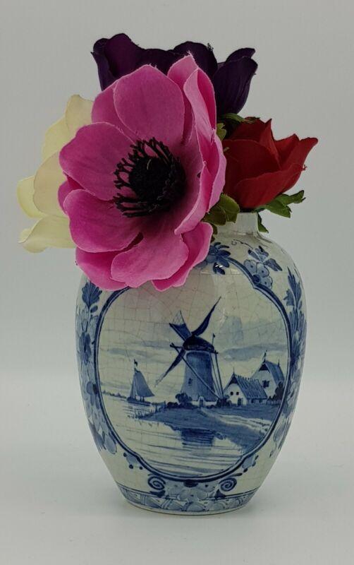 Hand Painted De Porceleyne Fles (Royal Delft) Vase