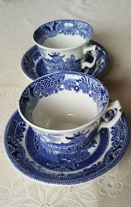 VTG 2 Burleighware England Tea Coffee Cups And Saucers Willow Blue White China