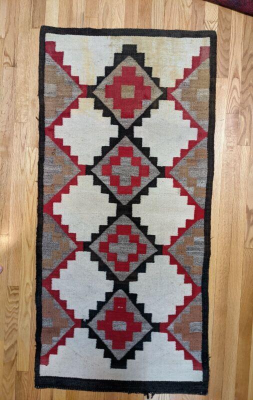 Vintage 1930s Navajo Native American Old Style Crystal Handwoven weaving / Rug