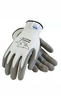 Dozen PIP 19-D470 Maxicut ANSI Cut Lvl 4 Cut Resistant Gray Gloves