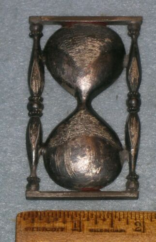 """Antique ODD FELLOWS HOURGLASS 3"""" FOUNDRY PATTERN * MC Lilley"""
