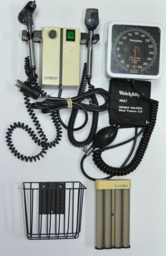 Welch Allyn Otoscope Opthalmoscope w/ 2-Heads & Wall Transformer 74710 + More