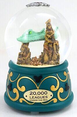 New Disney Parks 20,000 Leagues Under The Sea Light Up Nautilus Snow Globe