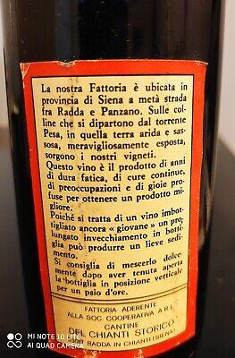 Vino vintage. Chianti classico 1974. Fattoria la pesanella. Bottiglia collezione