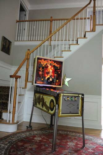 Spectacular! Eight ball Deluxe Collector Pinball MACHINE clean!! New Playfield!