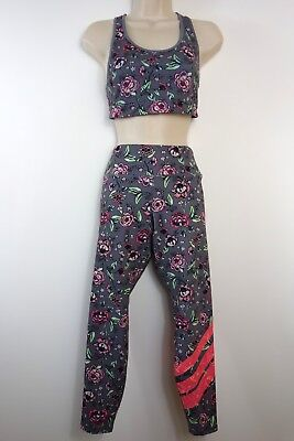Old Navy Active Top and Leggings Set Work-out Gym Floral Old Navy Active size M Navy Leggings Set