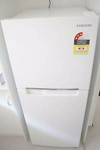 Almost new Samsung SR227MV 228 L Top Mount Fridge Mosman Mosman Area Preview