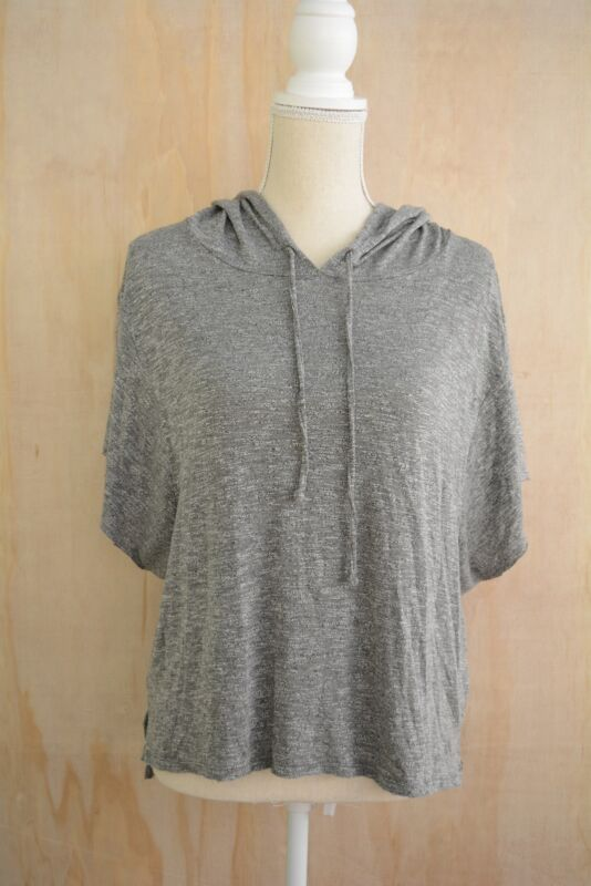1deb4eb683f One Eleven Express - Gray heather cropped lightweight hoodie